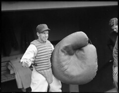 Red Sox: Al Schract, baseball clown, with huge...
