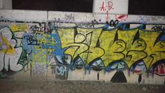 saper (that kid who takes pics of stuff) Tags: chicago graffiti stm tiki vapor saper