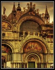 San Marco Venezia (Steel Steve) Tags: venice italy italia venezia saintmarks sanmarco themoulinrouge abigfave avision diamondclassphotographer ilovemypic life~asiseeit bauhausrendezvous