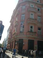 因海明威而赫赫有名之Hotel Ambos Mundos