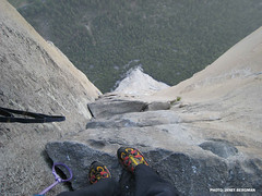 Looking down the Nose (Mountain Hardwear) Tags: california climbing yosemite elcapitan rockclimbing wallclimbing thenose mountainhardwear freddiewilkinson janetbergman