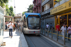 Istanbul Tram (Nomade Moderne) Tags: canon turkey tram istanbul 30d ef28105mmf3545usm