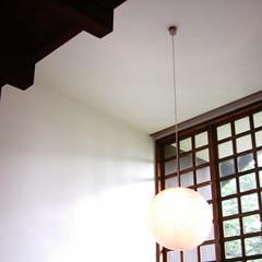 【写真】ミニデジで撮影した前川國男邸のリビング