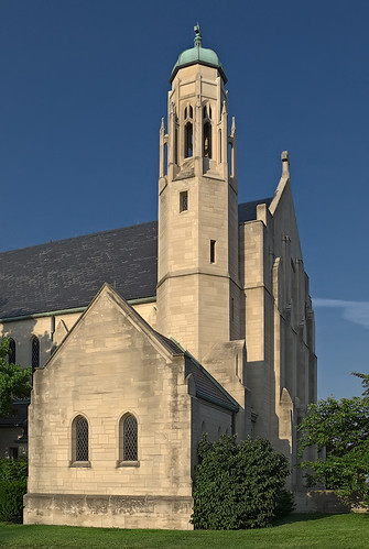 Saint Mary Magdalene Roman Catholic Church, in Brentwood, Missouri, USA - exterior