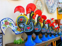 Rooster of Barcelos -Portugal (bikkie aldeias) Tags: portugal rooster óbidos haan galo barcelos madeinportugal ithinkthisisart 25faves123 flickrbronzeaward maravilhasportuguesas coloridocolor coisasdeportugal