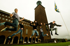 Nordic jumpers (ole) Tags: tower french team jump jumping europe sweden stockholm cityhall wideangle sverige saut stadhuset rdhuset kungsholmen hopp derrier ole eole hjdhopp leafar phalae europeanjumpproject janbat sautisme mooflickr888
