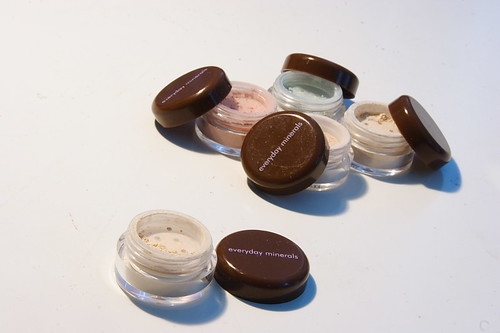 frugal-bliss Free Mineral Makeup!