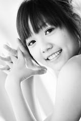 (swanky) Tags: portrait people bw woman cute girl beauty canon asian eos model asia pretty taiwan 85mm babe ntu taipei   2008  taiwanese 30d   wanwan nationaltaiwanuniversity canonef85mmf18usm  difocus   asiandreamaward    loveedy