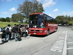 第4回鹿児島大学シリコンバレー研修ツアー SLACにてバスに乗車