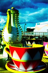 avva cuppa (Stephen J. Alexander) Tags: carnival pink blue red color film beach sc cup yellow xpro crossprocessed ride cross tea kodak crossprocess south pot carolina boardwalk myrtle teapot process teacup processed primary xproc sjalexander sjalex sjalex76 stephenjalexander