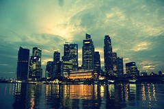 Singapore 2008-11-20 18:06:37 (Jusup Sukatendel) Tags: city light sky urban color building tower water skyline architecture modern night photo office high nikon singapore asia flickr cityscape cross centre colonial d70s award front line photograph cbd rise process picnik singapura blueribbonwinner d702 rafles platinumphoto flickraward favemegroup4 favemegroup6 theunforgettablepictures goldstaraward jusup sukatendel absolutelystunningscapes flickrlovers nikonflickraward50mostinteresting