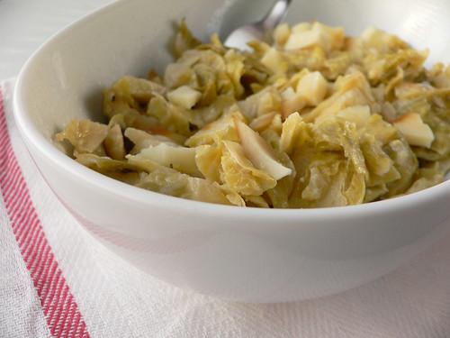 Kohlsprossen in Zitronen-Pomelo-Sahne