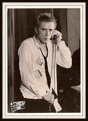Sex Pistols 0129 (PostCardScan) Tags: punk postcard punkrock pil sidvicious anarchyintheuk stevejones holidaysinthesun johnnyrotten nancyspungen thesexpistols paulcook publicimageltd postcardscan johnlyndon