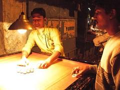 Mens Playing in the Red Light (Alessandro Dei) Tags: red india portraits indian prostitution figli kolkata ritratti ritratto calcutta sons hijos brothels sfruttamento sonagachi prostituzione kolkatasonagachired districtborb