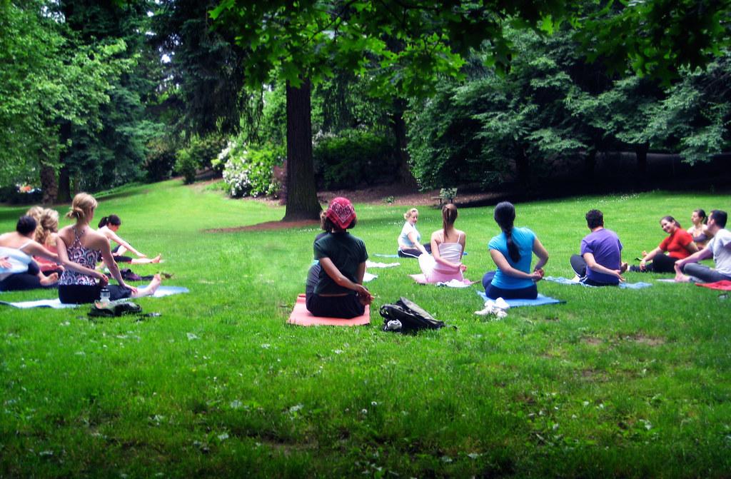 Laurelhurst Park Yoga