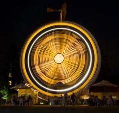 circle of light (Shenghung Lin) Tags: light circle hsinchu taiwan   themepark oilrig leofoovillage