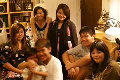Cousins (c.gibo) Tags: gathering aunty stellas