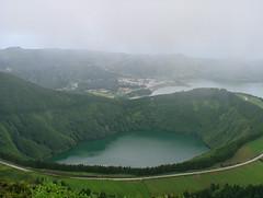 Açores - S. Miguel (Miguel T Cardoso) Tags: verde green portugal lagoon lagoa azores açores miguelcardoso ilustrarportugal miguelcardoso2008 migueltavarescardoso