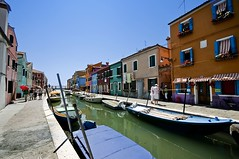 Burano #1 (Venezia) (fabio c. favaloro) Tags: venice italy house colors nikon venezia burano d300 allrightsreserved© nikond300 fabiocfavaloro theemptyplaces