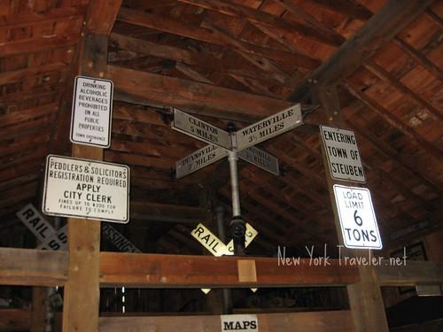 Sign Barn