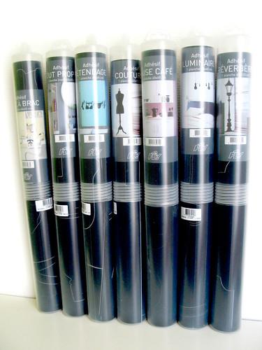 Stickers en tubes au garde à vous