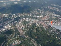 Marburg (Roland Henz) Tags: aerialview 2008 marburg luftbild fliegen luftaufnahme marburgerschloss segelfliegen segelflug 09082008