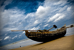 .Shore. (.krish.Tipirneni.) Tags: blue sky brown india beach water clouds bay boat sand shore ap peddle andhra hpc bayofbengal andhrapradesh digitalworld kakinada rktnature uppada padava