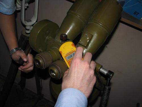 Старый военный наблюдательный прибор.