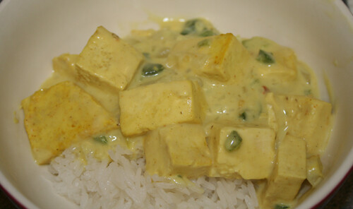 Basil Tofu in Coconut-Curry Sauce