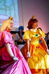 We Are Amused (yeshayden) Tags: cosplay princesspeach princessdaisy manifest2008