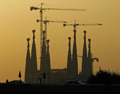 Barcelona Skyline (Jordi Meneses S.) Tags: barcelona bcn sagradafamilia goldstaraward solofotos jordimenesess jordimeneses