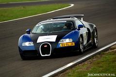 Bugatti Veyron 16.4 (Jeroenolthof.nl) Tags: france classic netherlands car germany photo jeroen nikon track d70s automotive lap 164 bugatti circuit zandvoort f28 1001 veyron 80200 bhp molsheim olthof wwwjeroenolthofnl jeroenolthofnl jeroenolthof