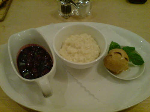 Renger Patzsch - sweet vanilla rice, hot cherris and caramel ice
