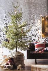 christmas scene (lorryx3) Tags: christmas inspiration snow tree jack union christmastree scan unionjack unionjackpillow