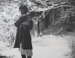 автопортрет 243й день (tomato_senya) Tags: trees winter light white selfportrait black me nature bodylanguage 365ru