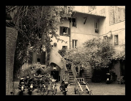 When in Rome, look for alternative itineraries ...