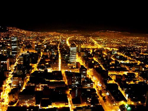 Bogotá Encendida 2 por Pablo Torres Méndez.