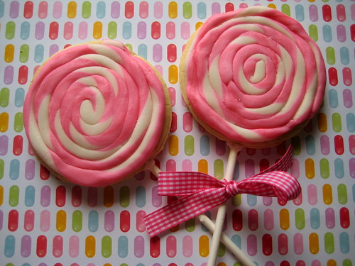 Pink and white lollipop cookies 2
