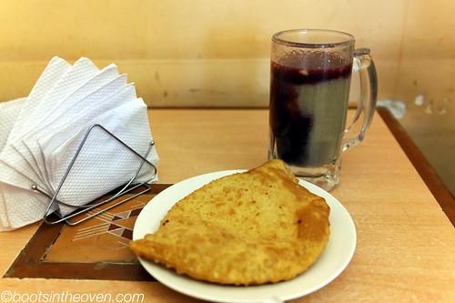 Api Tojori and a pastel de queso