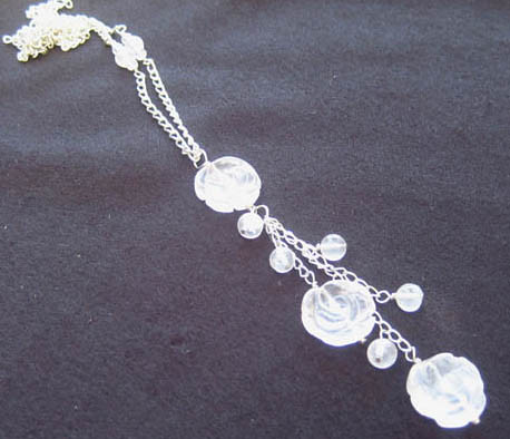 Complete Fragments Rose Quartz Flower Necklace