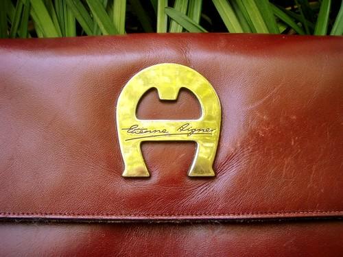 etienne aigner purse