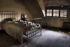 (moggierocket) Tags: window dark evening bed bedroom empty room spooky bedtime melancholy dust abandonment d80 artlibre impressedbeauty artlibres thegoldendreams hourofthesoul kattenmeisje vision100
