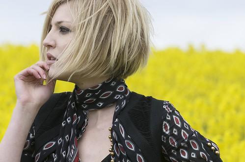 フリー画像| 人物写真| 女性ポートレイト| 白人女性| 金髪/ブロンド| ショートヘアー|      フリー素材|