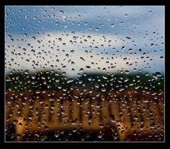 QUANDO FUORI PIOVE... (SIMONE LODA BRIONA ) Tags: sanfrancisco china california birthday park christmas new city nyc uk trip travel family flowers blue friends sunset red party summer vacation portrait england sky people bw italy music food usa dog baby india holiday snow newyork canada paris france flower london art beach me nature water rain festival japan night cat canon germany mexico fun spain nikon europe simone taiwan australia finestra pioggia loda briona