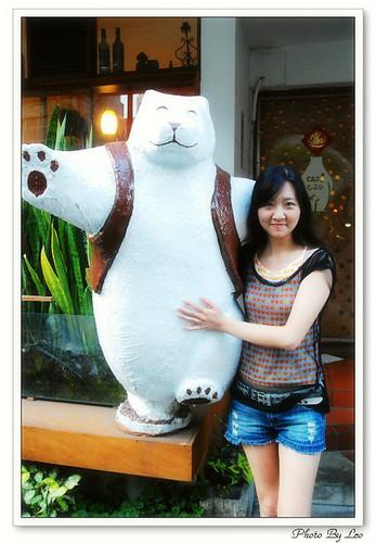 最後一次擁抱cafe OSO的大熊~