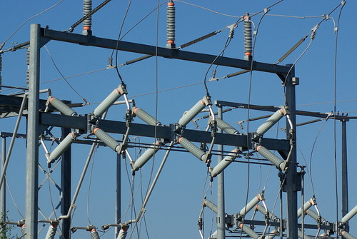 Picture of power grid with Tamron 70-300 Di LD Macro & Promaster 1.7x AF TC