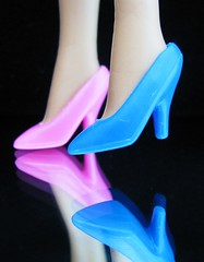 Dancing Queen    (zippythesimshead) Tags: pink blue toys shoes doll flickr barbie waltz pinkandblue blueandpink flickrcolors waltzing waltzingmatilda barbieshoes macromondays msh1010 msh10107