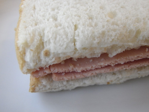 09-10 bologna sandwich