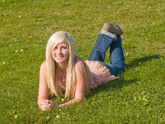 Sunny Marissa (Dave Ward Photography) Tags: seattle park portrait sun cute girl grass sunshine happy washington kid model pretty unitedstates lawn sunny gas teen blonde gasworks works bellingham marissa gasworkspark pss:opd=1224567471