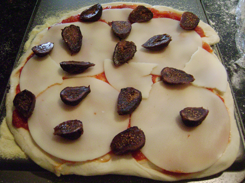 Daring Bakers July: Pizza and Toppings